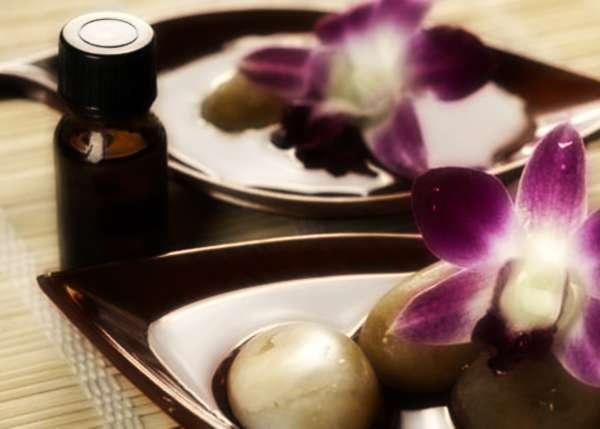 Oli essenziali in cosmetica: cosa sono e a cosa servono