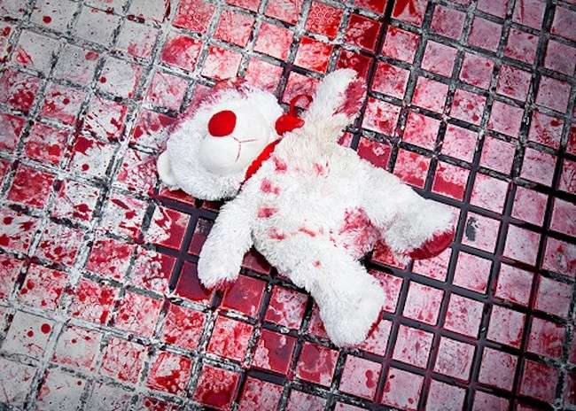 Padri che uccidono i figli? L'infanticidio è un femminicidio trasversale