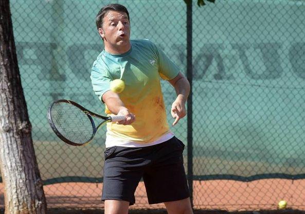 Matteo Renzi: vacanze all'insegna dello sport, il premier torna al lavoro