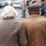 Truffe agli anziani, esempi di trucchi dei ladri per imbrogliarli