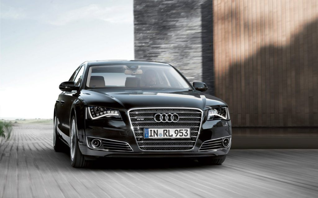 Audi A8 1024x640