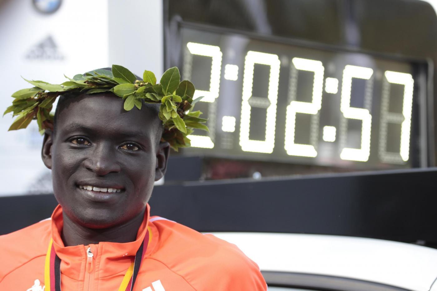 Maratona, record del mondo di Dennis Kimetto a Berlino
