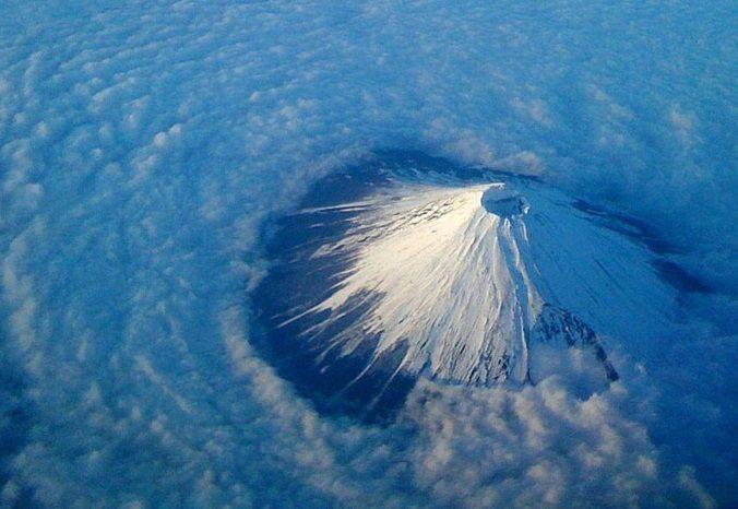 Vulcani attivi e pericolosi in Giappone: le eruzioni più recenti