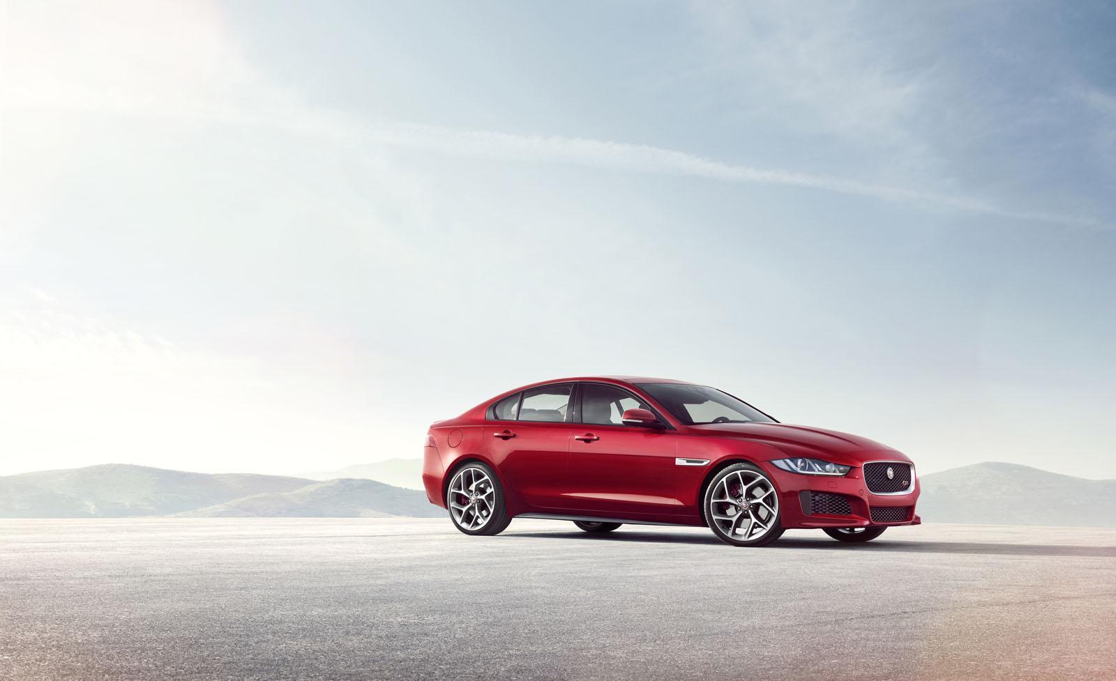 Jaguar XE: scheda tecnica e motori