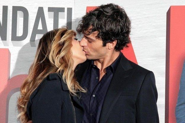 Luca Argentero e Myriam Catania in crisi: l'attore esce con Miriam Leone?