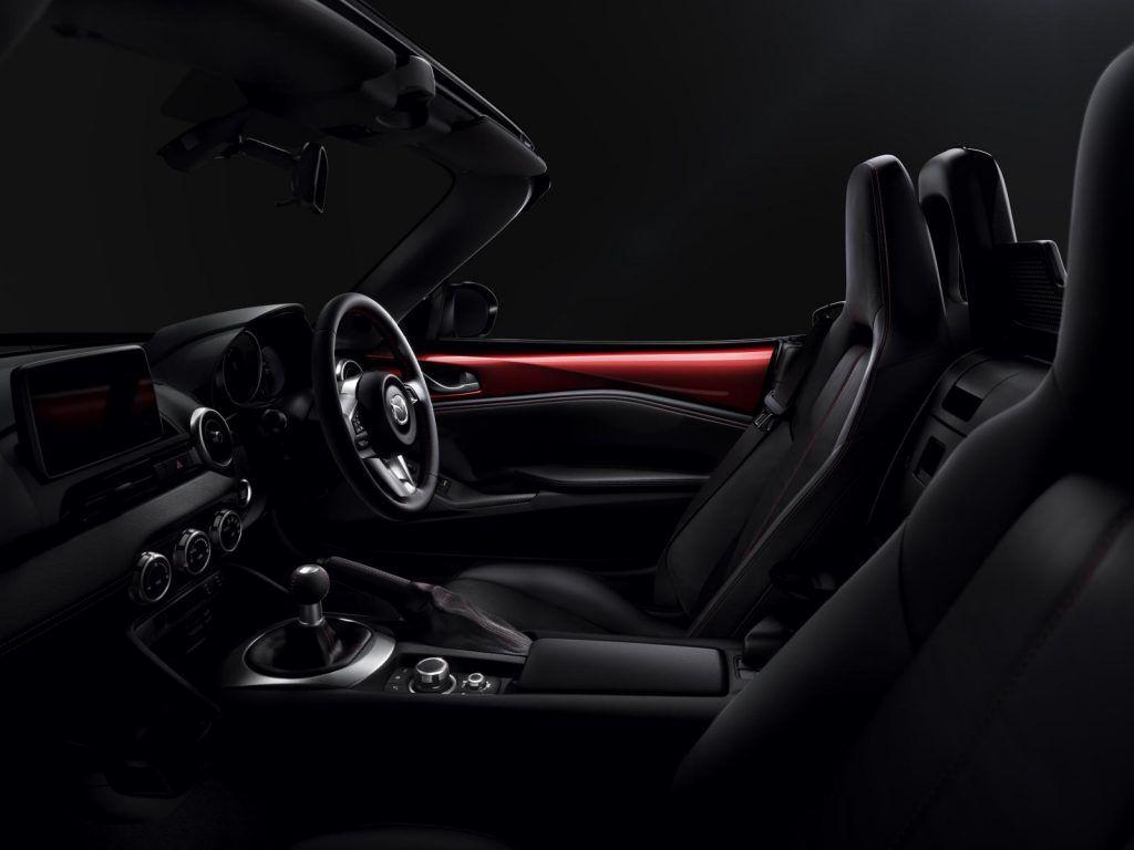 Mazda MX 5 2016 interni 1024x768