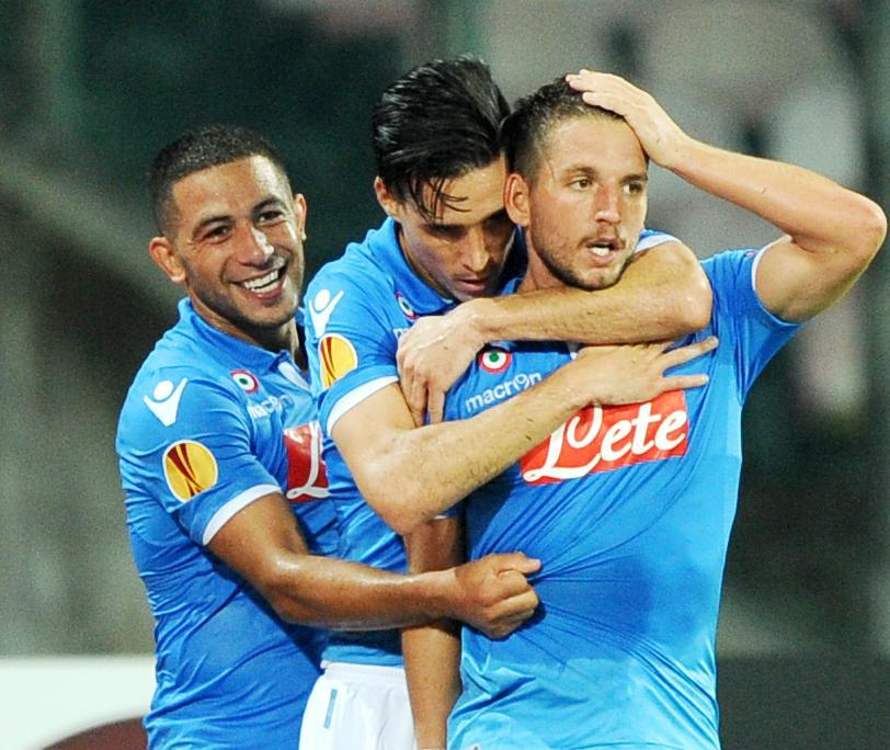 Napoli vs Sparta Praga 3-1: decidono Higuain e Mertens