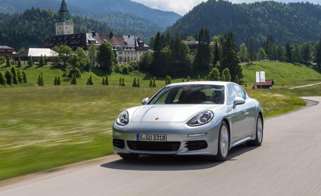 Porsche Panamera S E Hybrid 1024x625