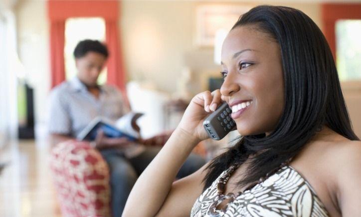 Preferire il cellulare al partner