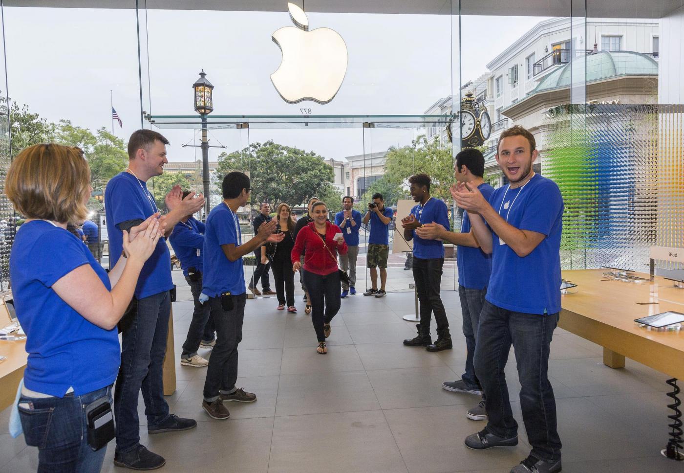 Primi clienti iPhone