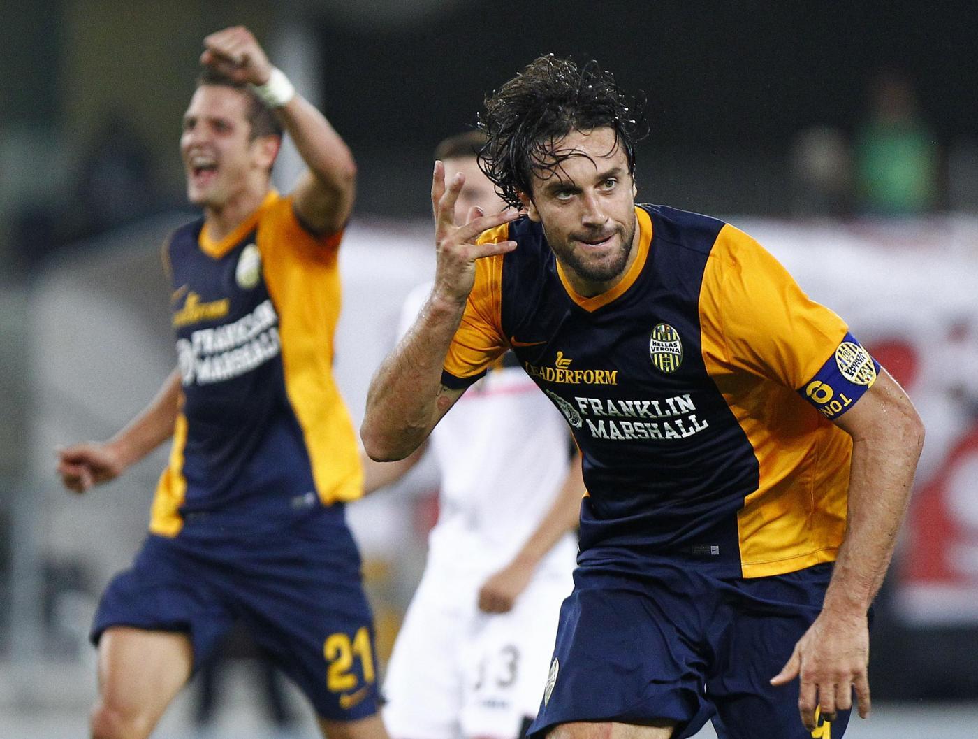 Verona vs Palermo 2-1: decide l'autogol di Pisano