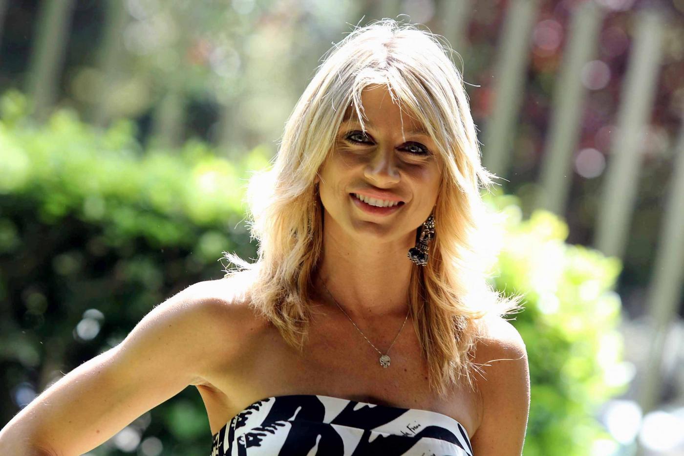 Maddalena Corvaglia per la lotta contro il cancro al seno sposa la campagna Pinktober