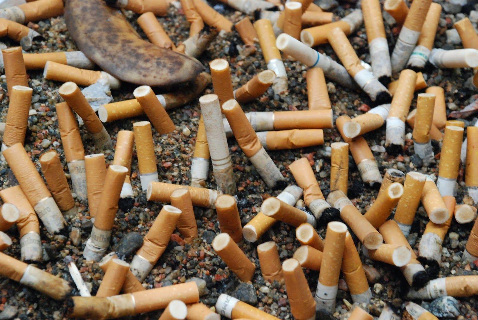 Mozziconi di sigarette in strada? Arrivano le multe
