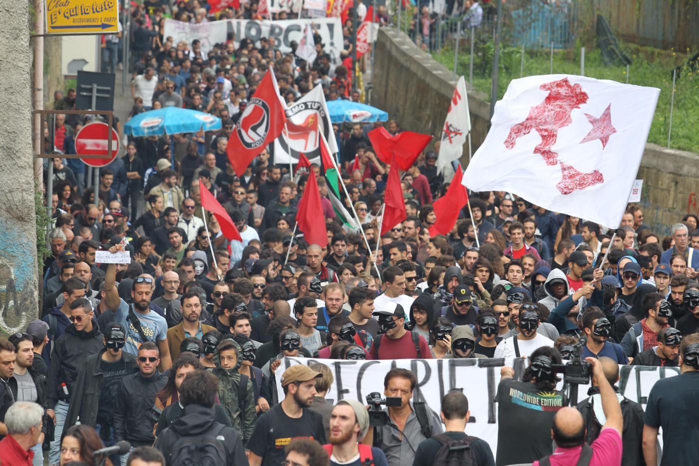 Vertice BCE: proteste a Napoli contro la crisi