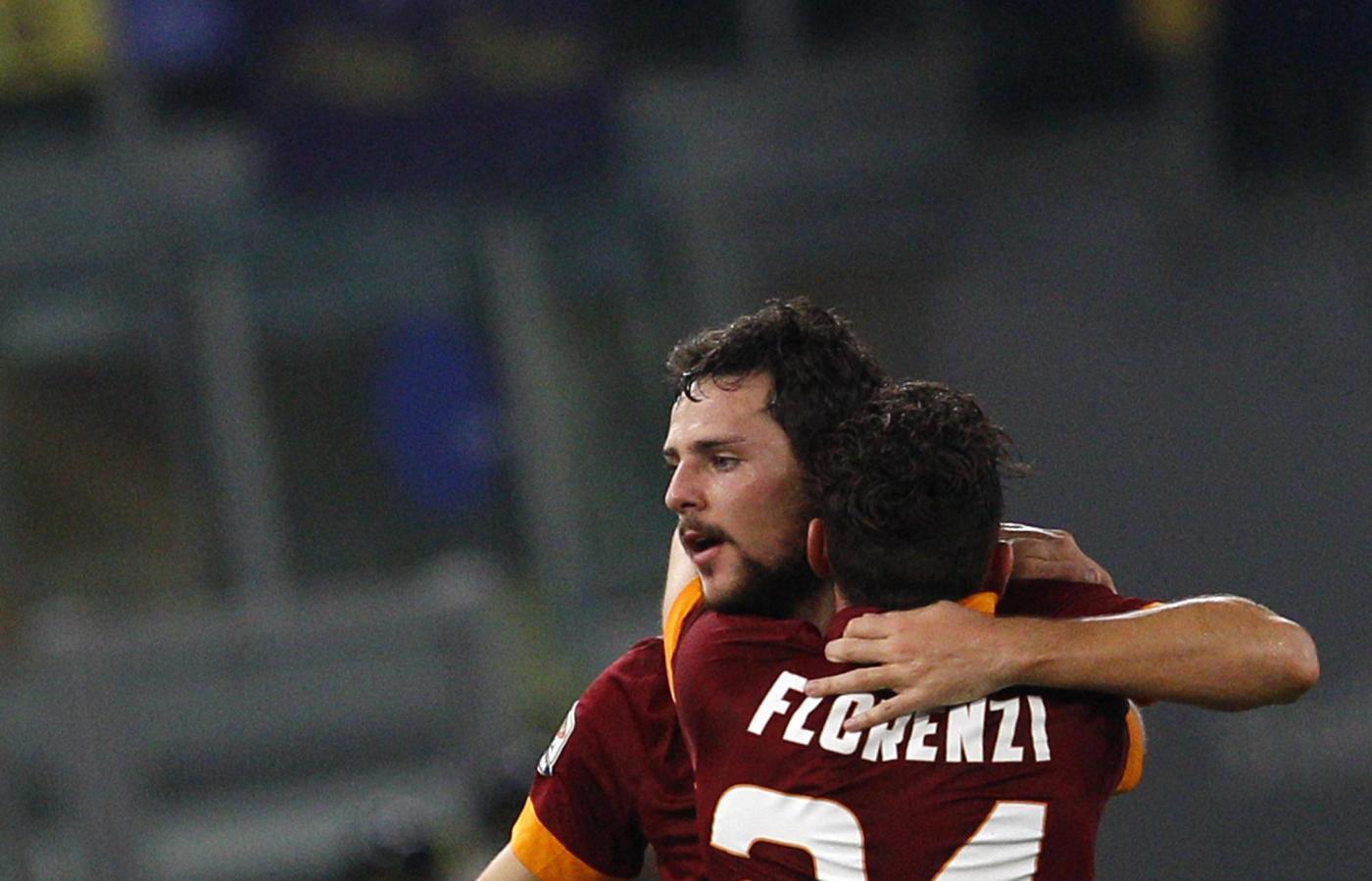 Roma vs Cesena 2-0: aggancio alla Juve in testa alla classifica