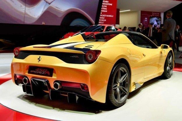 Ferrari 458 Speciale A posteriore