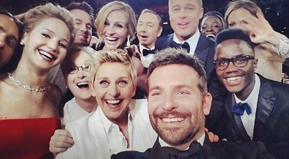 Selfie è la parola dell'anno: l'autoscatto entra nello Zingarelli 2015