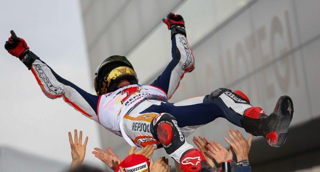 MotoGP Motegi 2014, gara: Lorenzo vittoria, Marquez campione del mondo