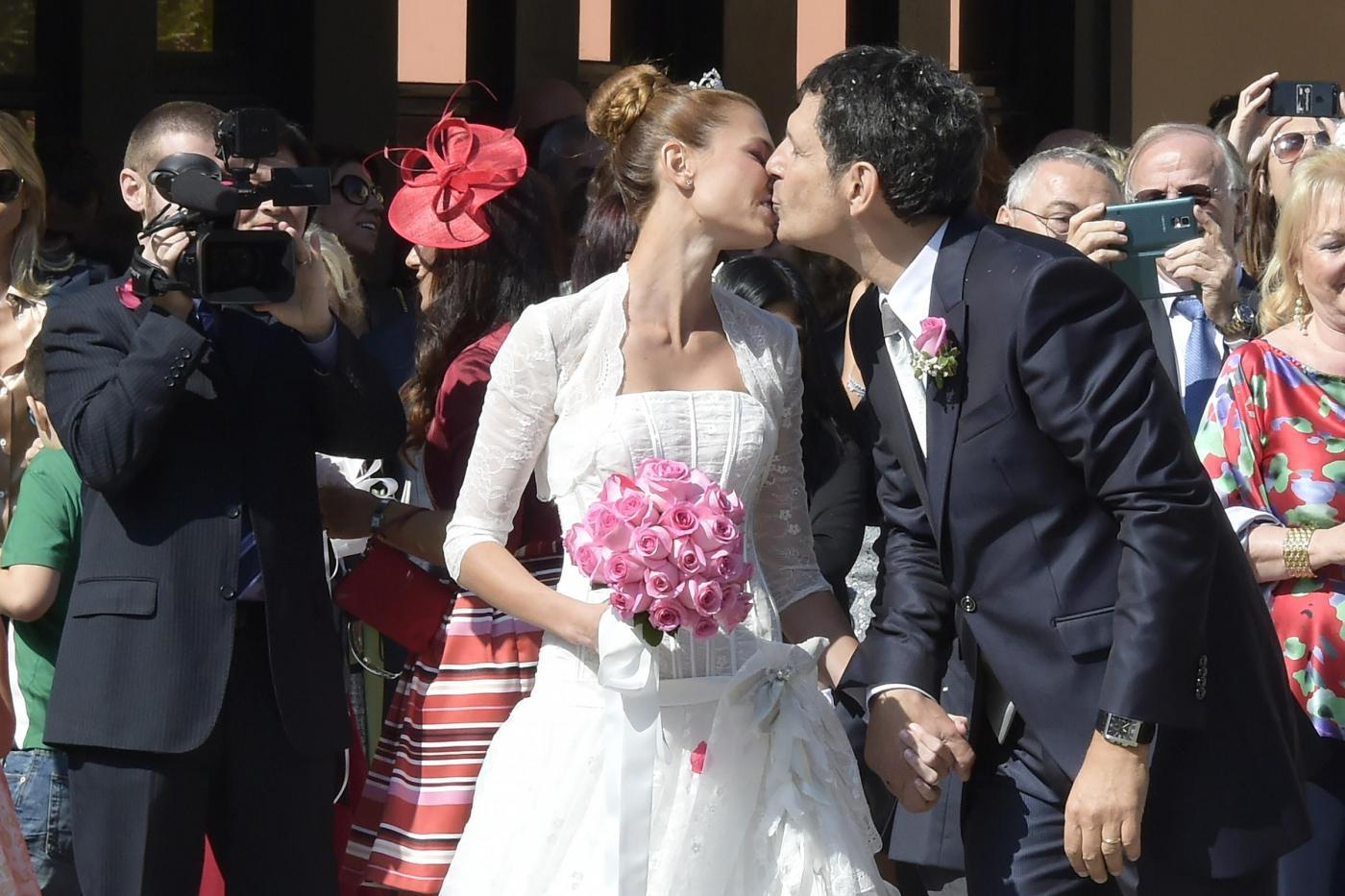 Fabrizio Frizzi e Carlotta Mantovan: matrimonio a Roma per il conduttore e la giornalista