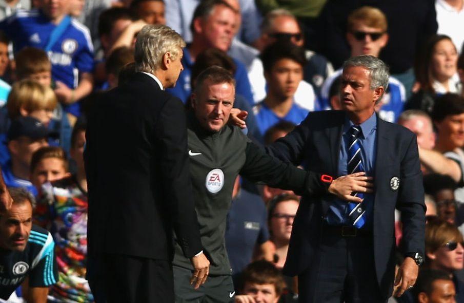 Mourinho vs Wenger: che lite a bordo campo