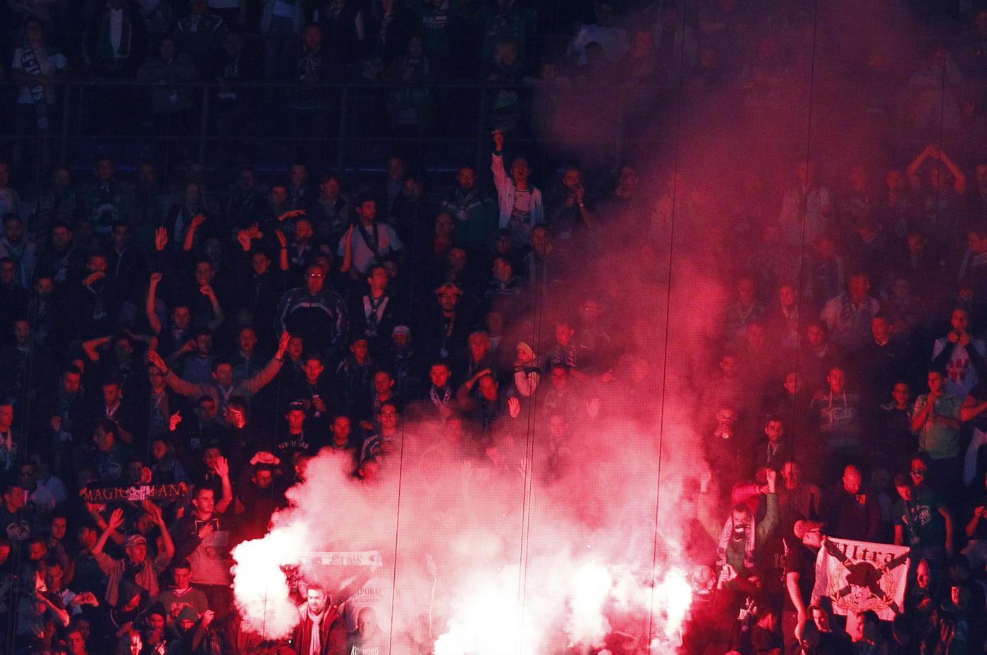 Inter-Saint Etienne, scontri durante la partita a Milano: 9 arresti