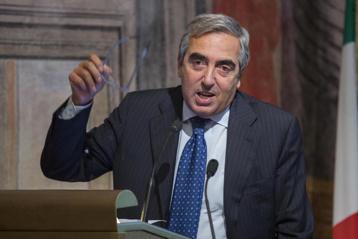 Quanto guadagna Maurizio Gasparri?