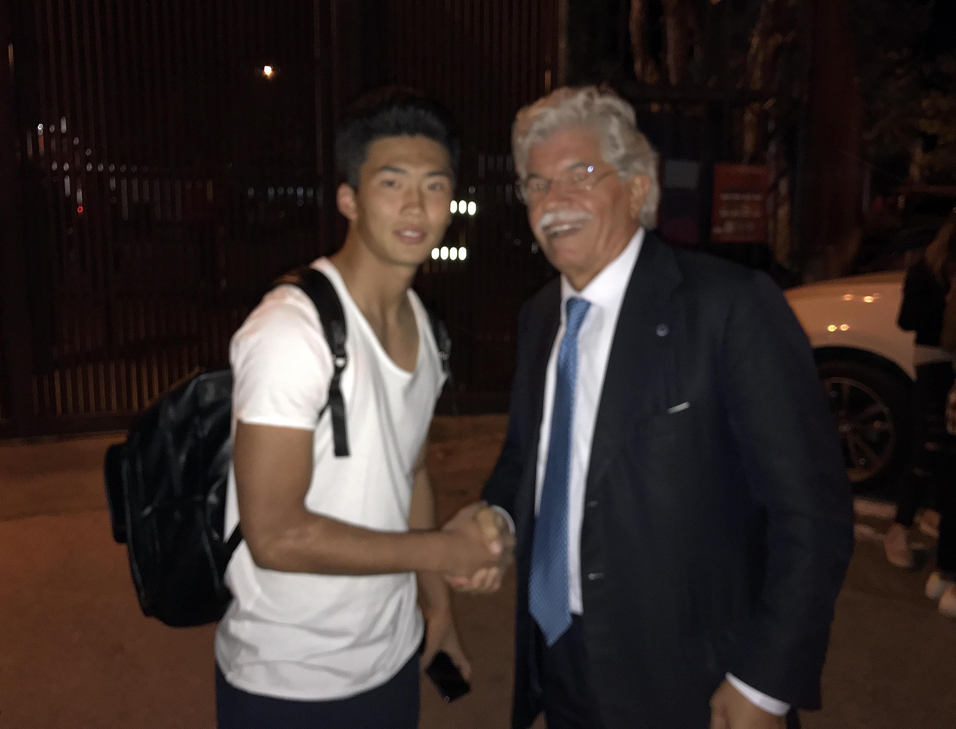 Razzi con il calciatore nordcoreano Han del Perugia