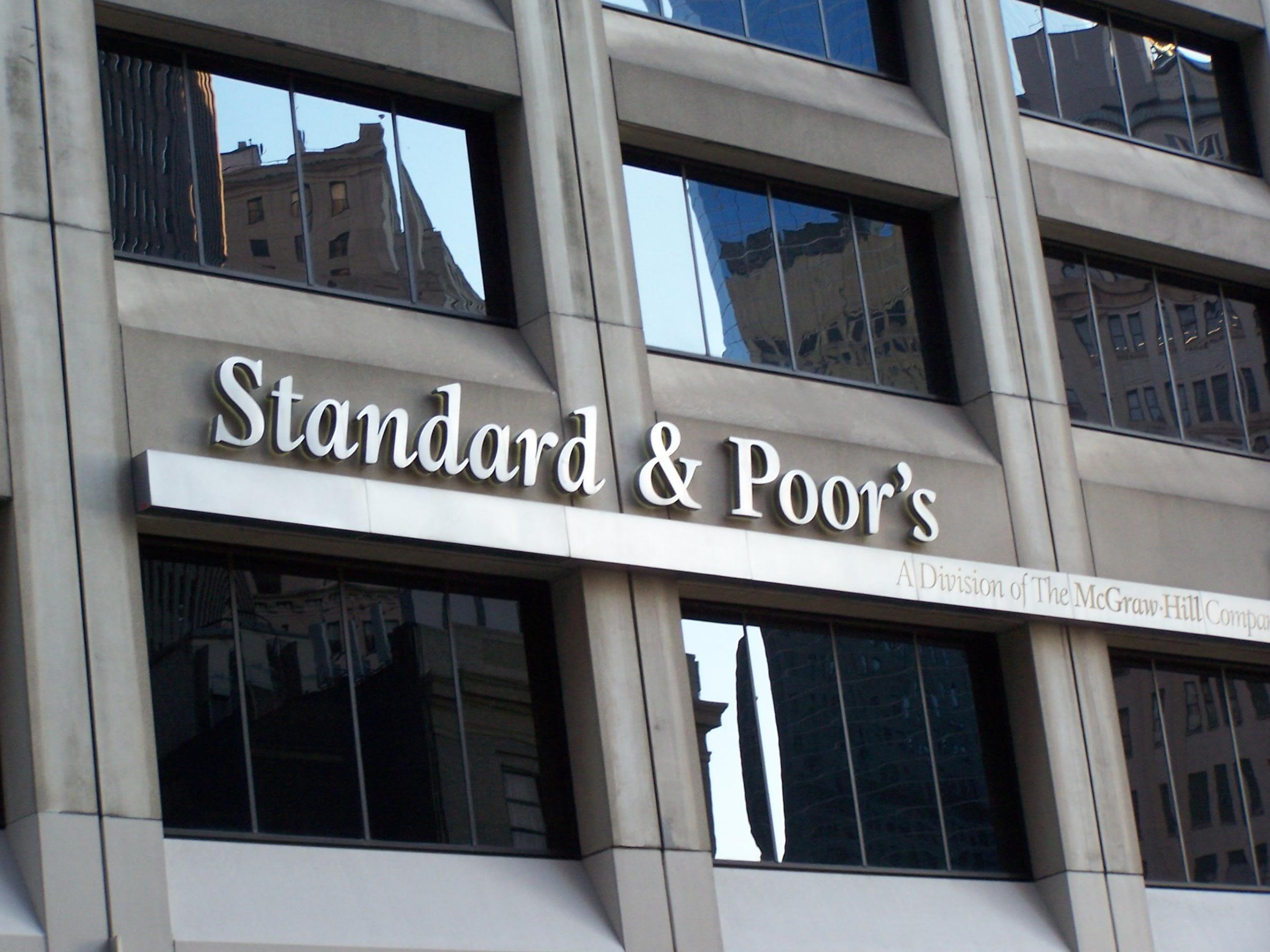 Agenzie di rating: saranno processate a Trani per manipolazione dei mercati