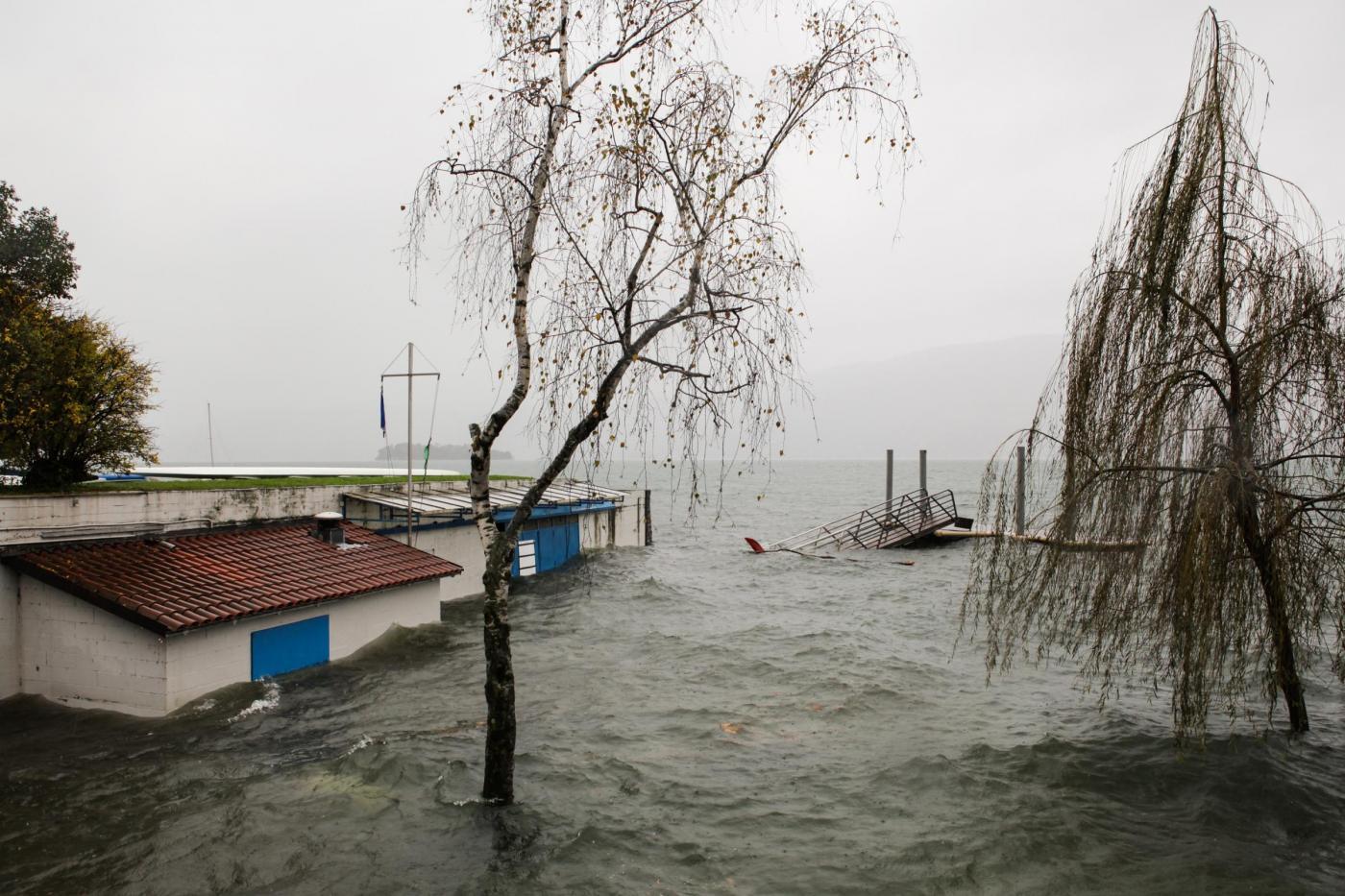 Maltempo in Piemonte, allagamenti e frane: migliorano le condizioni meteo