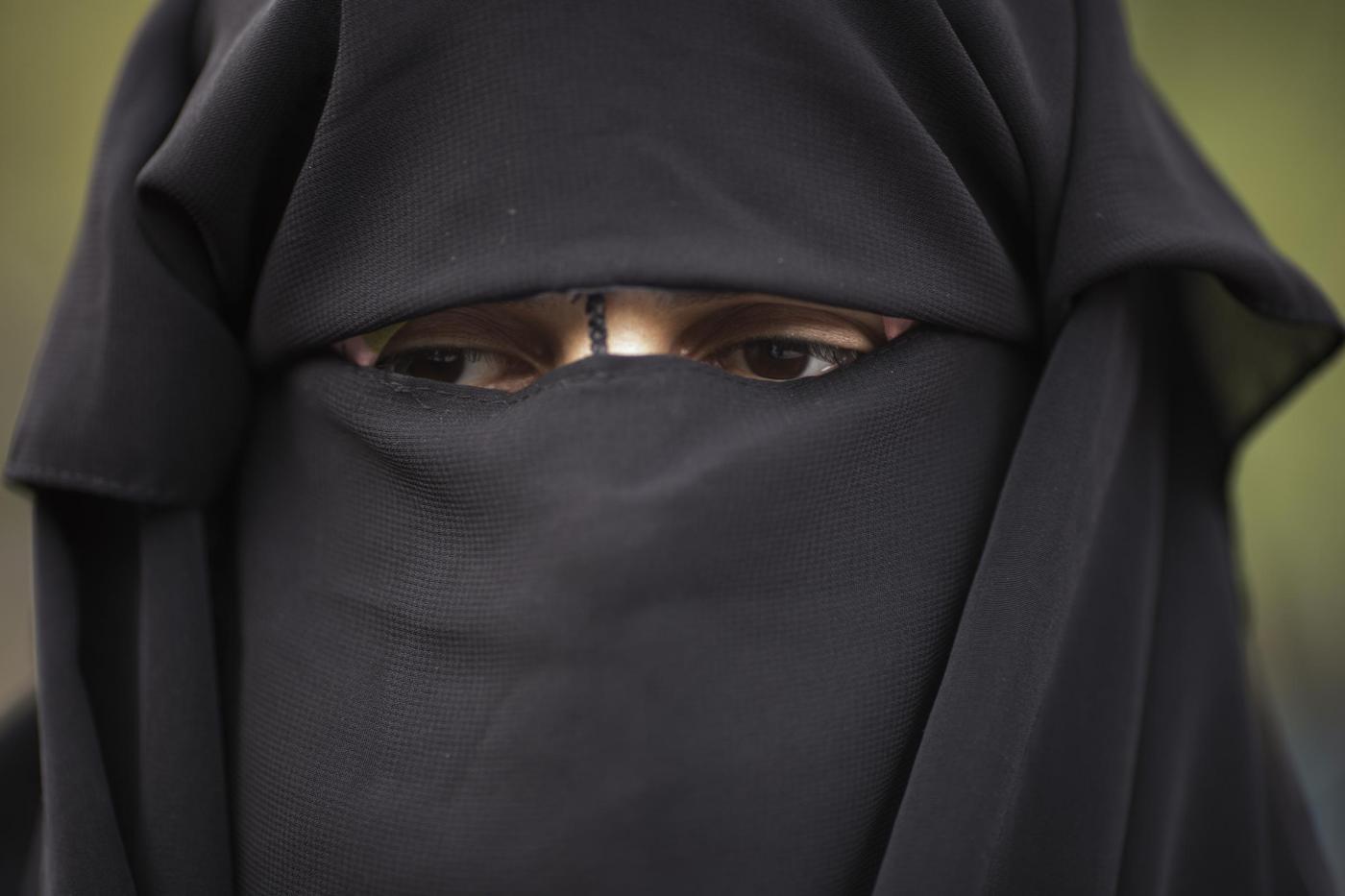 Sposo saudita chiede il divorzio il giorno delle nozze: 'Non ti avevo vista, non mi piaci'