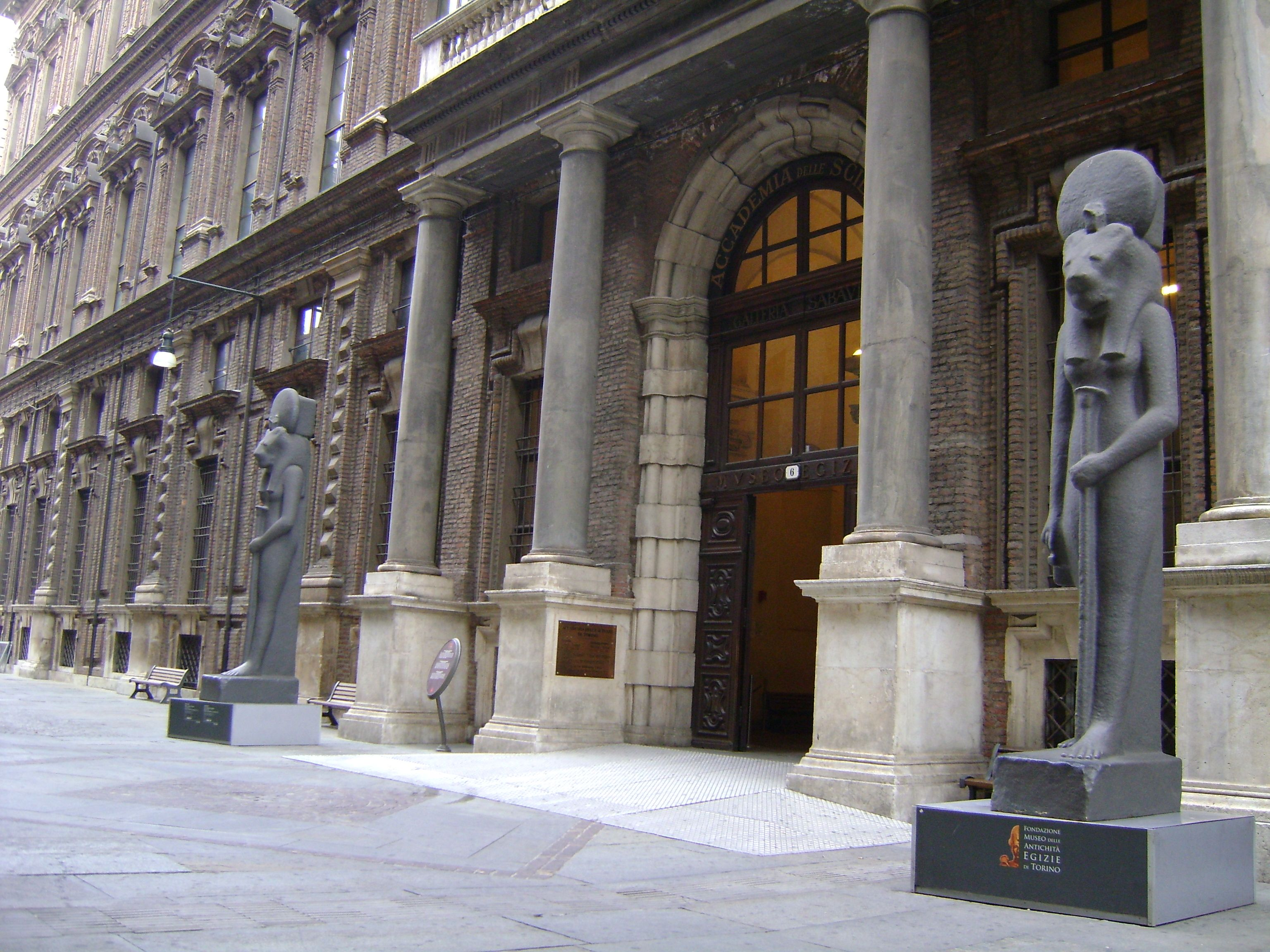 Museo Egizio e Galleria sabauda Torino