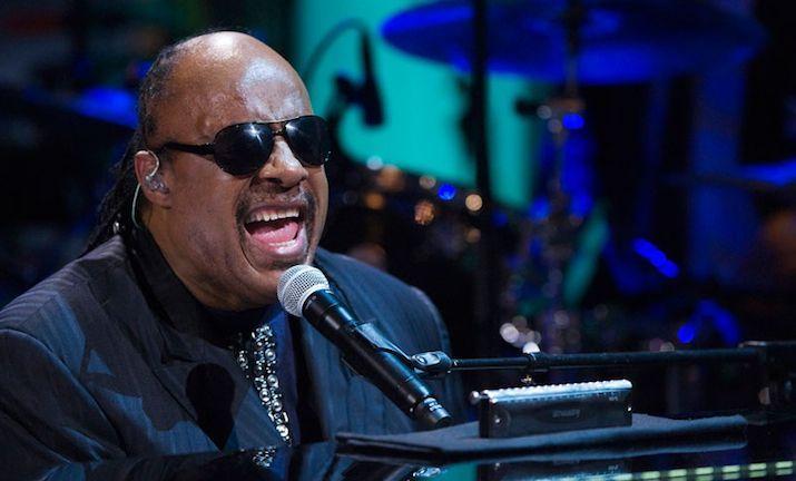 Stevie Wonder, papà per la nona volta a 64 anni: è nata Nia