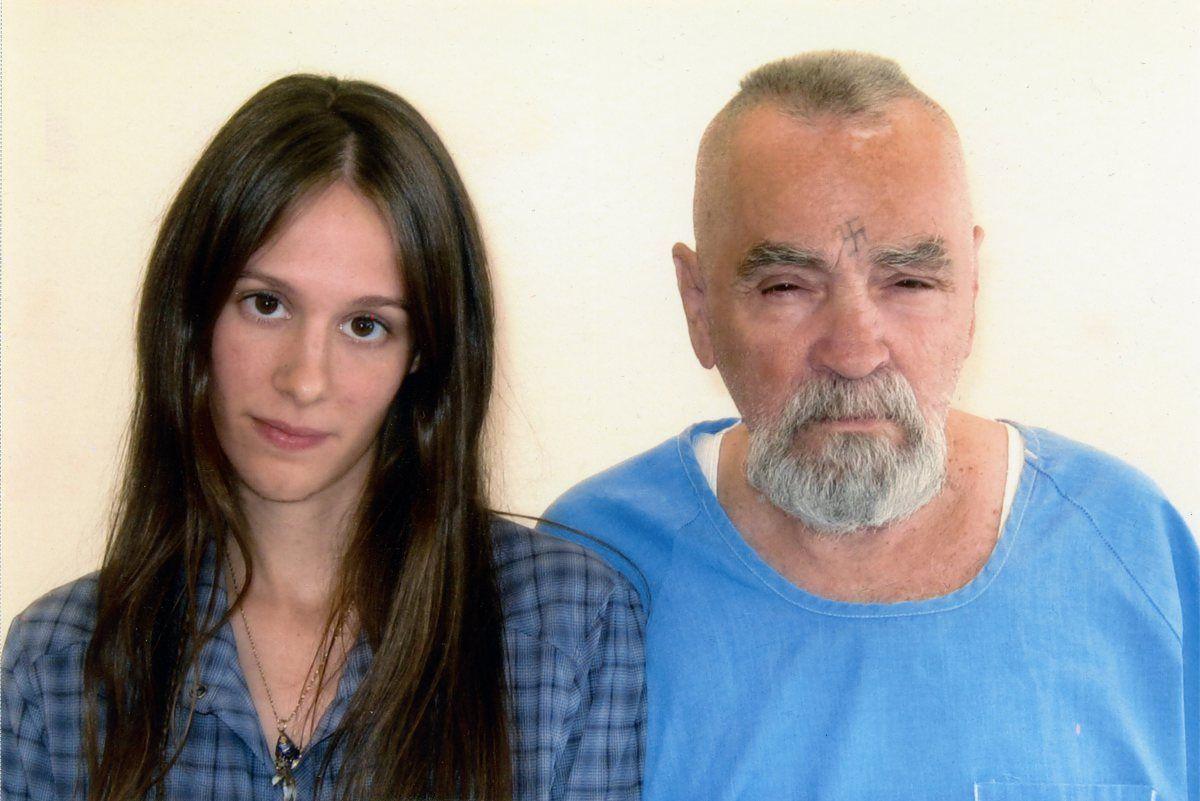 Charles Manson non si sposa più: lei voleva il cadavere del serial killer