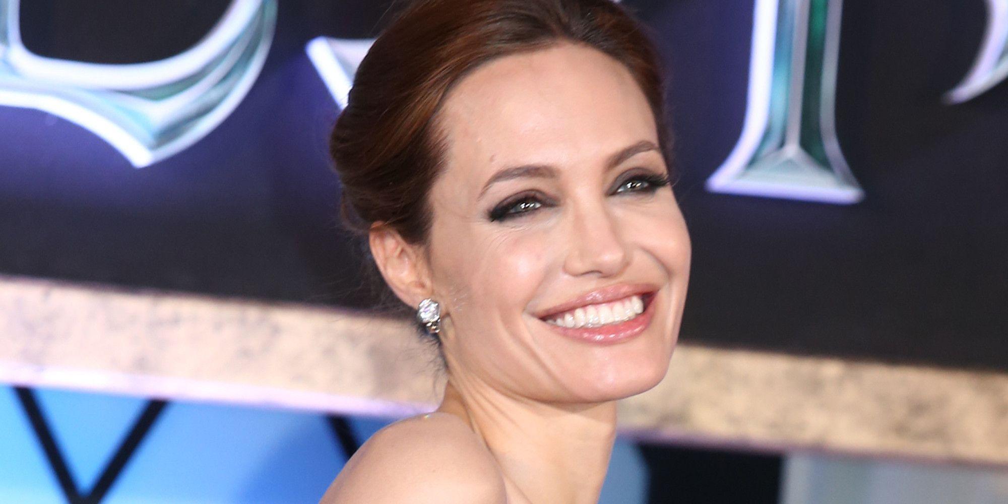 Angelina Jolie, dopo il matrimonio pensa alla carriera politica