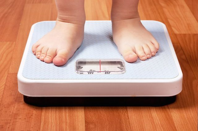 Obesità infantile: fattori di rischio e alimentazione