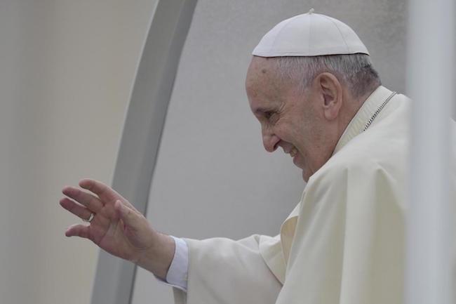 Papa Francesco in Asia incontrerà le vittime del tifone Haiyan