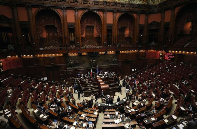 Quanto lavorano i parlamentari italiani? Risponde OpenPolis