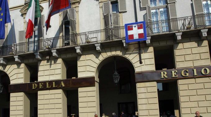 Amianto in Piemonte, la Regione: 'Accelerare i tempi delle bonifiche'