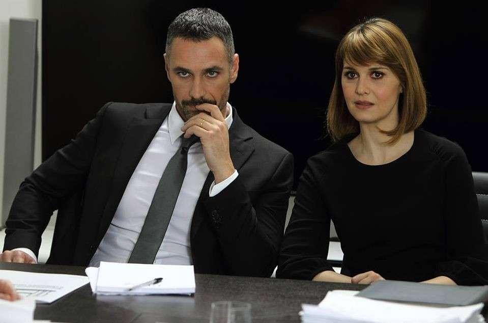 Scusate Se Esisto: trailer e trama della commedia con Paola Cortellesi e Raul Bova