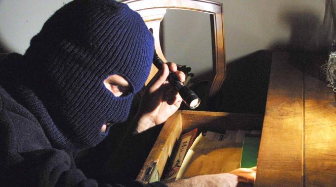 uccidere un ladro in casa 150x150