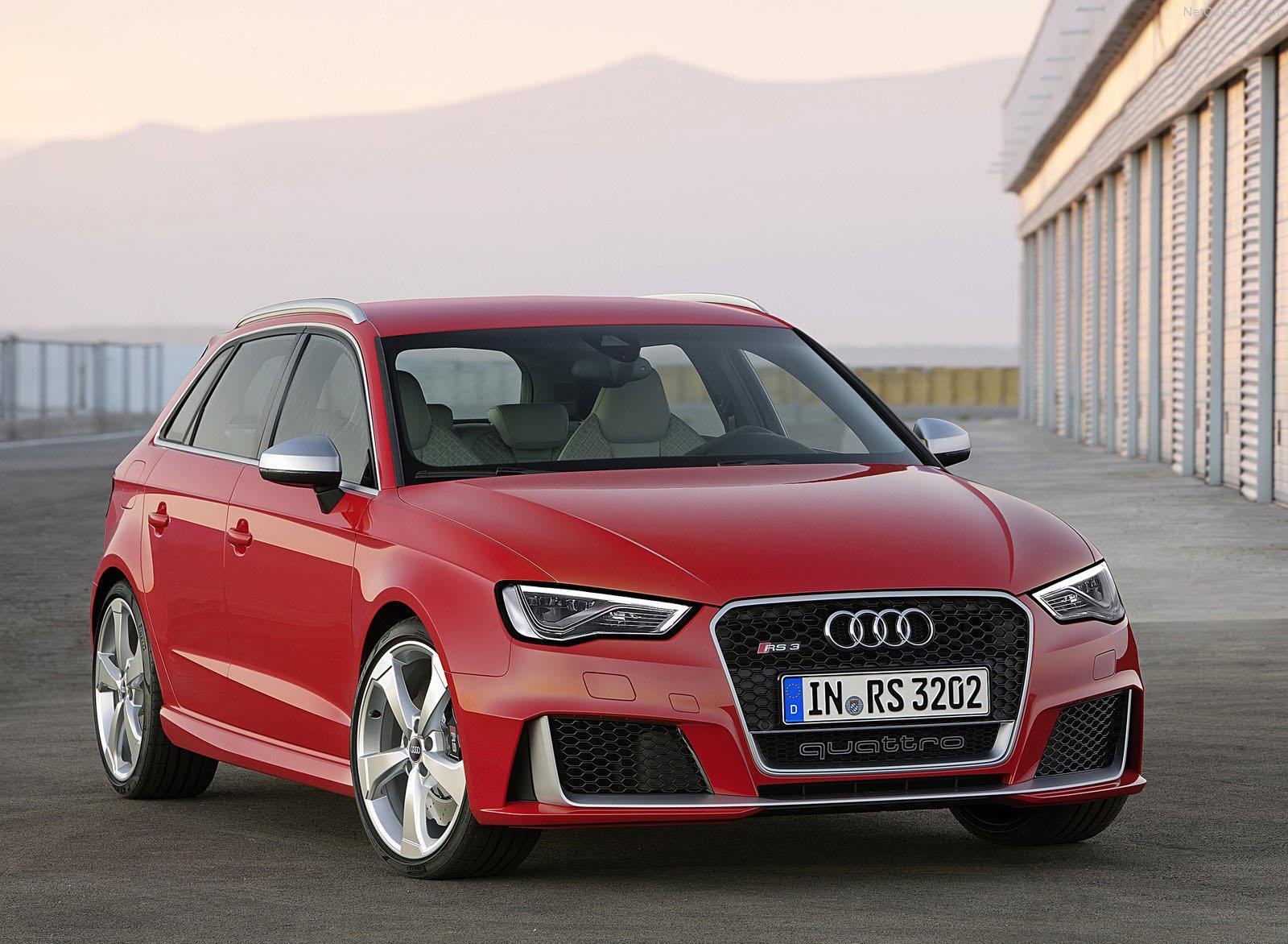 Nuova Audi RS3 Sportback: motore e scheda tecnica