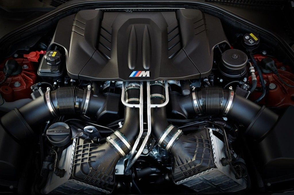 BMW M6 2015 motore 1024x682