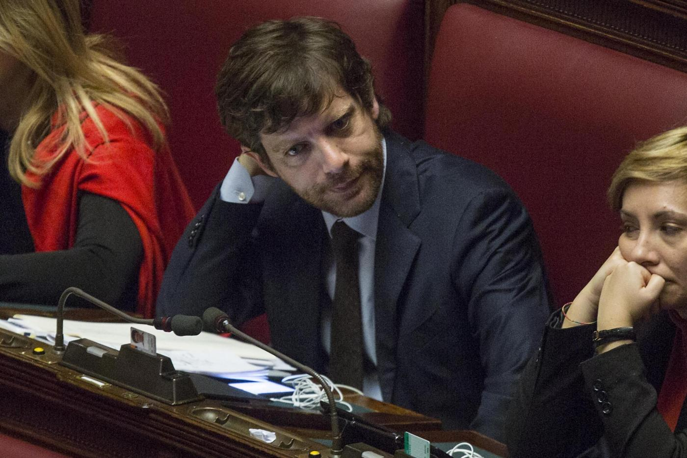 Jobs act e Riforme: tensioni tra governo e minoranza Pd, anche Laura Boldrini critica Renzi