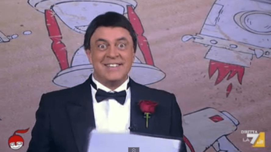 DiMartedì, Maurizio Crozza da Padrino a Papino: la copertina comica del 2 dicembre 2014
