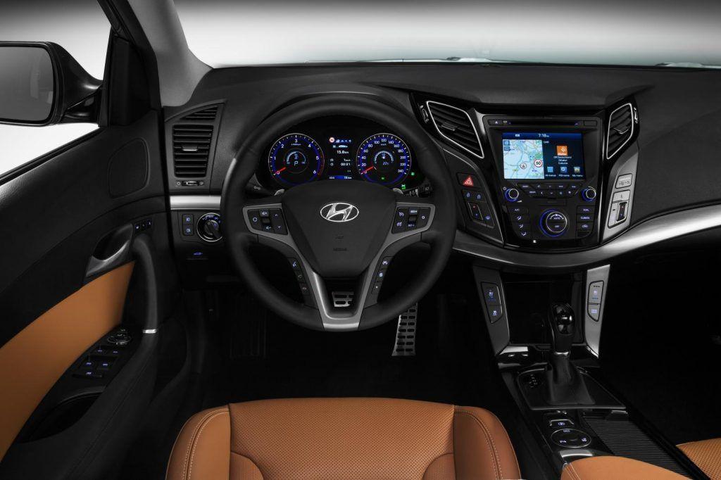 Hyundai i40 2015 interni 1024x682