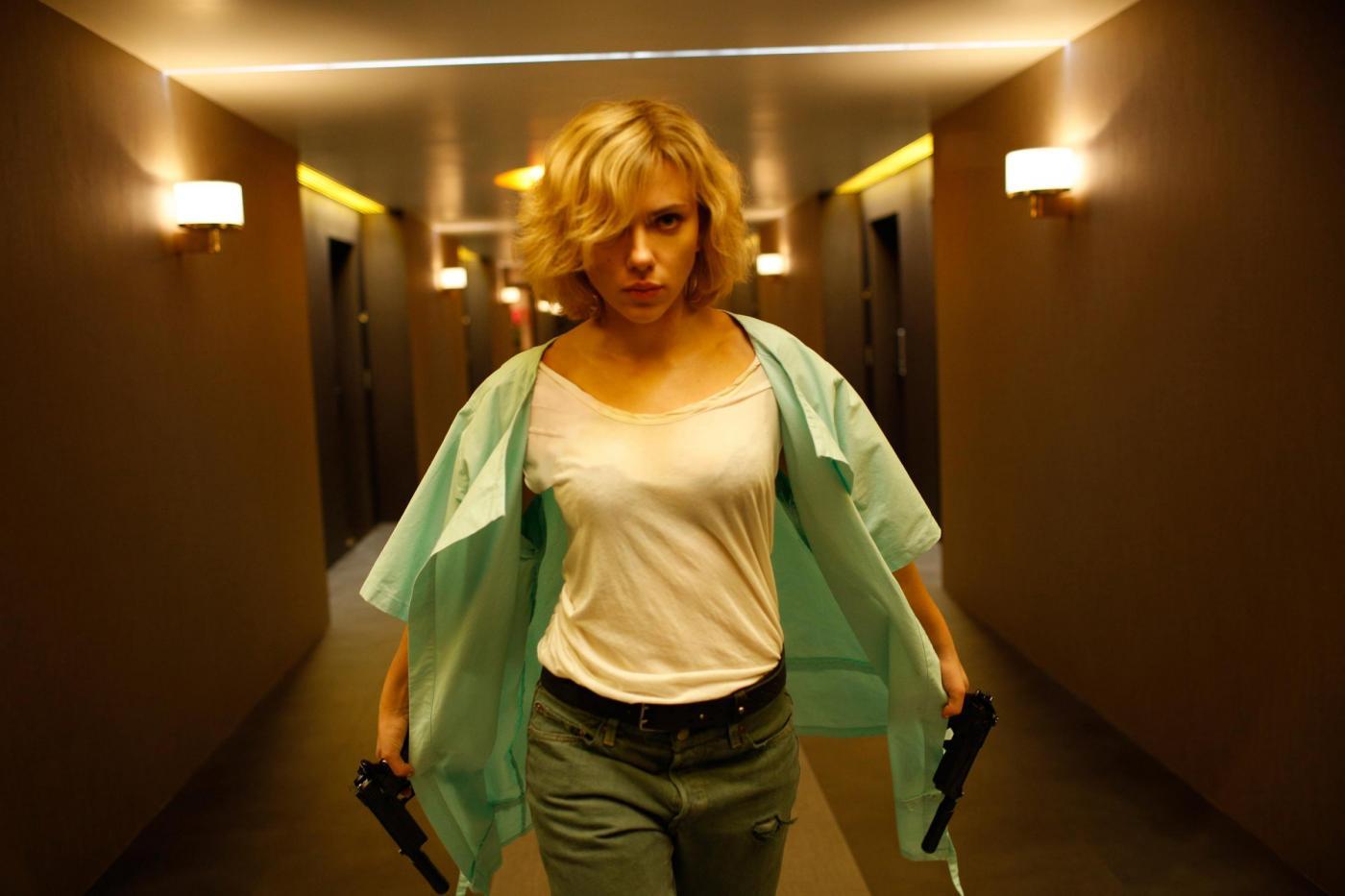 Scarlett Johansson in un film