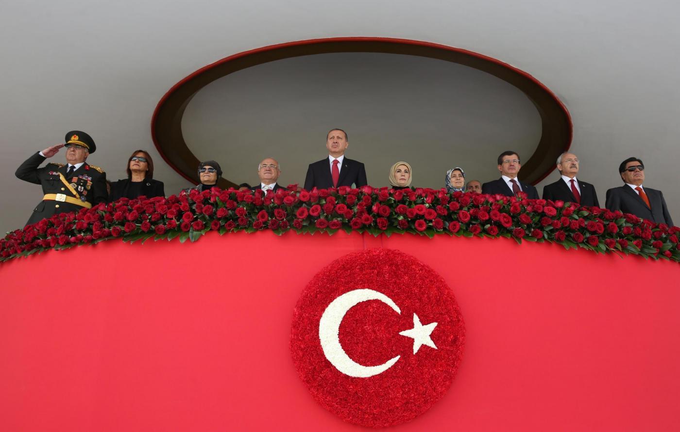 Turchia: Erdogan fa arrestare i giornalisti