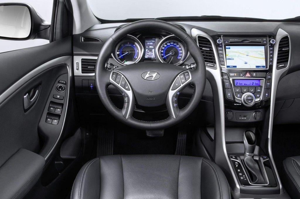 Volante della Hyundai i30 2015 1024x682