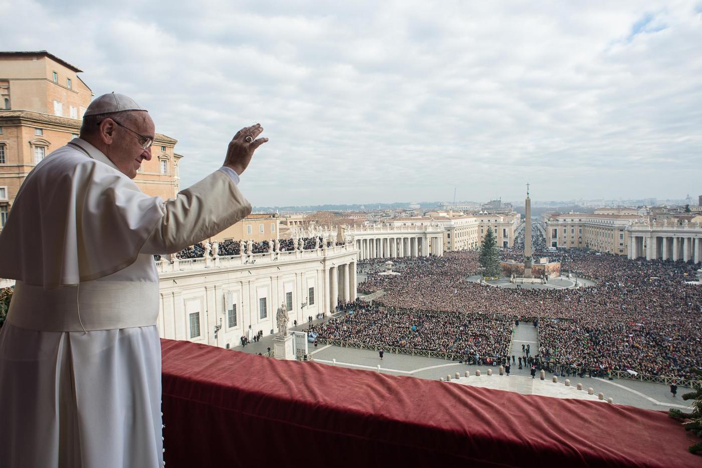 Benedizione di Natale, Papa Francesco: 'Lacrime per i bambini uccisi e maltrattati'
