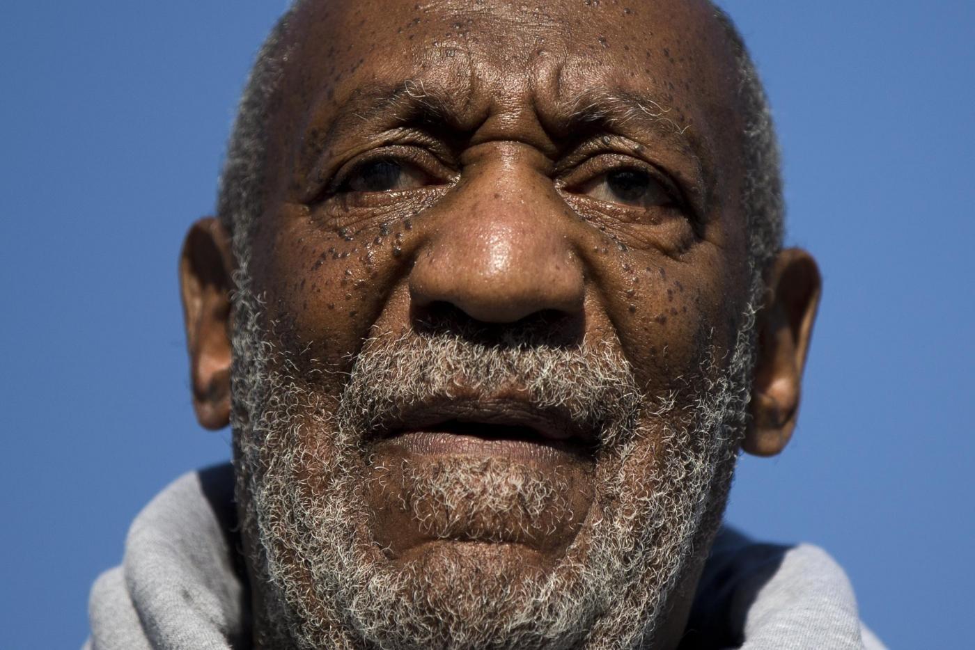 Bill Cosby a processo: rischia 10 anni di carcere per abusi sessuali